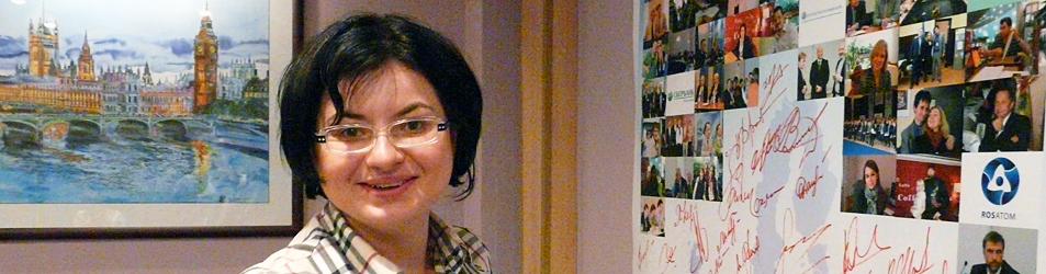 Летние деловые приемы Внешторгклуба 2011: выставка акварели посвященная европейским столицам